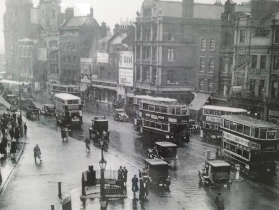 Practice history_Angel, Islington High Street 1933